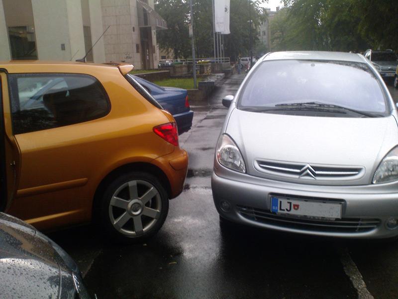 Zaparkiran sem spet