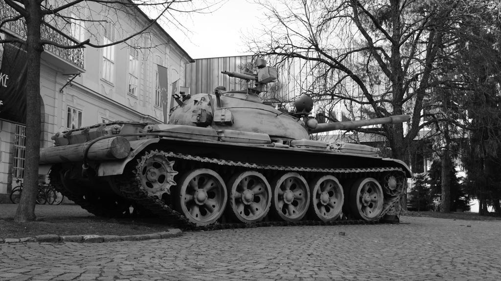 tank_BW